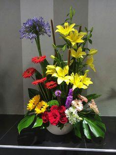 $650 Creative Flower Arrangements, Church Flower Arrangements, Floral Arrangements, Altar Flowers, Church Flowers, Paper Flowers, Sitting Room Decor, Ikebana, Different Plants