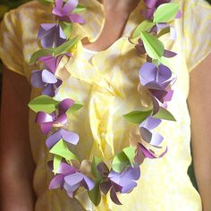 Make your own beautiful spring paper flower garland using this simple template and step by step tutorial.