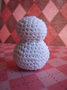 Easy Crochet Snowman (Free Pattern)