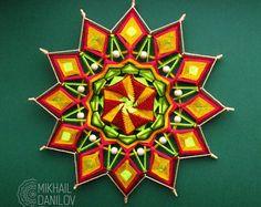 """Tejido mandala """"Culto del sol"""" hilado mandala huichol arte ojo de dios hecha a mano decoración de la pared colgante colorido ojo de Dios indio"""