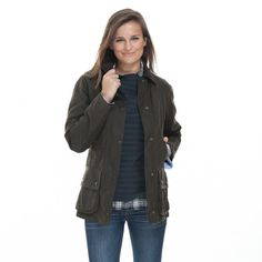 The Beadnell is slimmer than the boxier Bedale for a more flattering, feminine fit. This all-season jacket features hand warming pockets, a corduroy col...