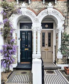 Victorian Front Doors, Victorian Terrace, Victorian Homes, Victorian Front Garden, Victorian Hallway, Vintage Doors, Antique Doors, Front Door Porch, House Front Door