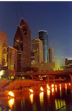 Buffalo Bayou - Houston, Texas We have #travel #nurse positions in Houston NOW! Visit www.trinityhsg.com for more info! #travelRN