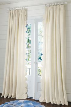 #Windowtreatments, Scalloped edge on drapes. Simple and elegant detail. White on White. Simple is often the most beautiful.