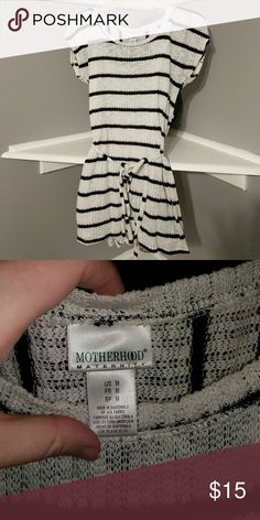 🎉🎉SALE🎉🎉 Motherhood Maternity Tunic Seriously my favorite maternity shirt.  Got so many compliments on this.  Great with leggings or skinny jeans and grows with you throughout your pregnancy! Motherhood Maternity Tops