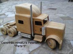 Caminhão miniatura madeira Peterbilt part 1 como fazer - YouTube Peterbilt, Wooden Toy Trucks, Steel Art, Hot Rod Trucks, Wooden Art, Wood Toys, Handmade Wooden, Toys For Boys, Planer