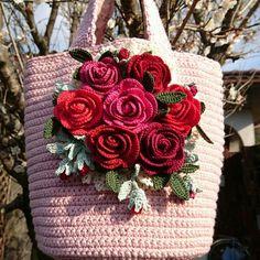 編み屋*しゅしゅ♪ガーリー☆ロマンティックローズ☆ミセスマーチン☆レース糸・レース編み・手編み・トートバッグ・薔薇_1 Crochet Motif, Crochet Flowers, Birthday Wishes For Son, Crochet Handbags, Purse Patterns, Crochet Accessories, Knitting Yarn, Purses And Bags, Diy And Crafts