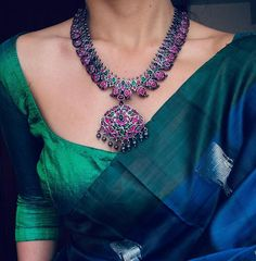 3 Brands To Shop Mindblowing Pure Silver Necklace Designs Trendy Sarees, Stylish Sarees, Silver Jewellery Indian, Silver Jewelry, Silver Rings, Diamond Jewelry, Saree Jewellery, Saree Trends, Soft Silk Sarees