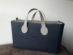 O City Blu Navi- Nylon Binnentas Naturale - Manici Handles kort Naturale Hobo Bag, Leather, Clock, City, Style, Totes, Bags, Watch, Swag