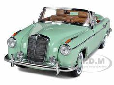 SunStar-Brand new 118 scalediecast model car of 1958 Mercedes 220SE Convertible Green die cast car...