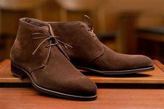 Desert Boots En Daim Rose Avec L'île De La Rivière Oeillets NGyOUQ