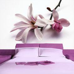 Delikatny storczyk będzie świetną ozdobą sypialni.