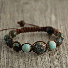 Turquoise shamballa bracelet. Beaded handcrafted jewelry. by SinonaDesign on…
