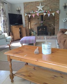 There are gazillions of You Tube tutorials on how to paint furniture using chalk paint, and I'll share with you here, how I do it. My way might not be 'right', but I promise it wo…