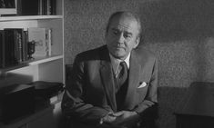 Cyril Cusack in The Spy Who Came In from the Cold Cyril Cusack, Spy, 1970s, Entertainment, Cold, Awesome, Fictional Characters, Fantasy Characters, Entertaining