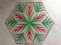 Pattern Paper, Pattern Art, Paper Peicing Patterns, Cat Quilt Patterns, Kaleidoscope Quilt, Star Quilt Blocks, Green Quilt, Miniature Quilts, Foundation Paper Piecing