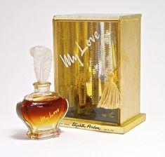 8570efb361d7b5781dd45e52f9fa810b--perfume-parfum-perfume-bottles.jpg (640×609)