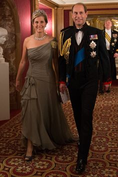 Wonder what uniform that is Edward has on? Countess Sophie of Wessex in Bruce Oldfield