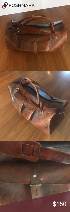 Vintage hard brown leather bag 1970 Brown hard leather bag! Vintage paid 250 asking 150.00 vintage Bags Travel Bags