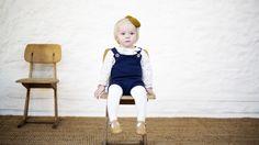 Vesle Petra er til å spise opp i marineblå Pocket Playsuit og jentete kragebluse under. Toddler Age, Cool Sweaters, Couture, Dance Dresses, Baby Knitting, Knitted Baby, Playsuit, Baby Kids, Kids Outfits