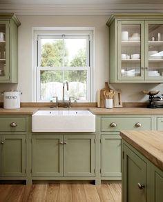 Green Kitchen Cabinets, Farmhouse Kitchen Cabinets, Kitchen Cabinet Colors, Kitchen Redo, Kitchen Colors, Home Decor Kitchen, Rustic Kitchen, Home Kitchens, Kitchen Remodel