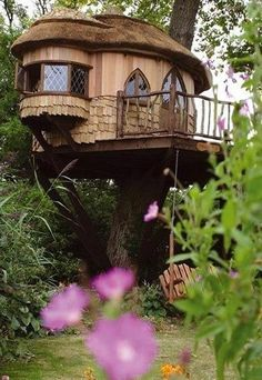 This Tree house reminds me of something from the Hobbit.