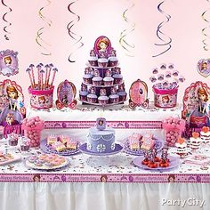 34 Creative Girl First Birthday Party Themes & Ideas - My Little Moppet Sofia The First Birthday Party, Disney Princess Birthday Party, First Birthday Themes, Girl First Birthday, First Birthday Parties, First Birthdays, Birthday Ideas, Princess Party, Kid Parties