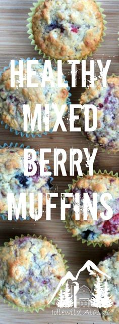 Healthy Mixed Berry Muffins - Perfect for breakfast on the go or a healthy snack! Healthy Sweets, Healthy Dessert Recipes, Whole Food Recipes, Healthy Snacks, Breakfast Recipes, Breakfast Ideas, Healthy Slice, Healthy Eating, Homemade Breakfast