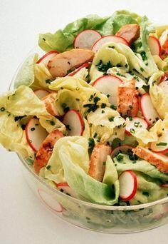 Hähnchensalat mit Mango-Dressing - http://www.gofeminin.de/kochen-backen/rezepte-ohne-kohlenhydrate-d41042c498311.htmlezepte ohne Kohlenhydrate