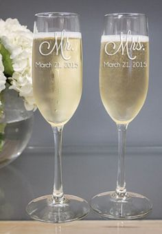 sweet personalized Mr. and Mrs. champagne flutes