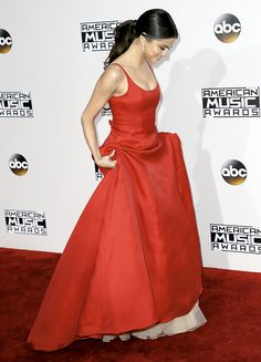 Selena Gomez attends the 2016 American Music Awards, November 20th