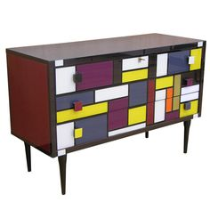 Incredible, beautiful 1970s Italian colored glass chest of drawers, unknown maker.