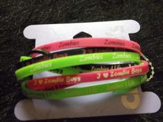 new pack of 8 i love zombies rubber Bracelets fashion jewelry stretch undead