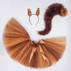 Costume Halloween, Fall Halloween, Diy Fox Costume, Renard Costume, Squirrel Costume, Vintage Carnival, Halloween Disfraces, Baby Costumes, Costume Makeup