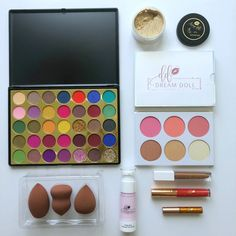 Get a kit to add value to your makeup journey. This kit has everything to get you started, all you need to do is add your foundation and some of your other favorite products to create several looks this Summer. kit Consists of : Slay Palette Glow Kit ( Highlighter & Blush palette ) Makeup Sponges Box of 3 Prim Doll Makeup, Makeup Kit, South African Shop, Powder Matte Lipstick, Makeup Sponges, Glitter Eyeliner, Dream Doll, Glow Kit, Cosmetic Companies