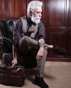 #beard #bearded #beardstyle #beardlove #beardlife #mustache #barba #tattoo #gentleman #verona #style #fashion #influencer #icon #iconic #follow4follow #followforfollow #love #pic #gentleman