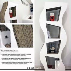 meuble à étagères en carton