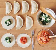 #food #foodie #tuna #tomate #spinach #cheese #empanadillas