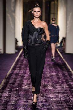 VERSACE Fashion week 2014 de face