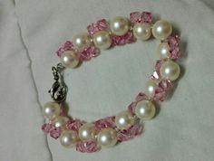 Pearls with pink Swarovski crystals bracelet