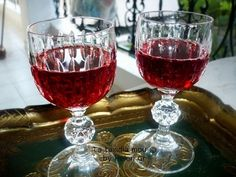 Juice Smoothie, Fruit Juice, Smoothies, Greek Desserts, Greek Recipes, Cocktail Drinks, Alcoholic Drinks, Cocktails, Chocolate Fudge Frosting