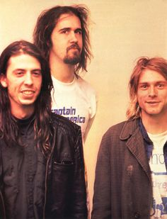 why do Krist and Kurt wear the same clothes????