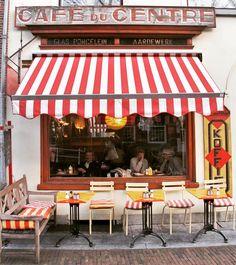 いいね!821件、コメント25件 ― ⠀⠀⠀⠀⠀⠀⠀⠀⠀ ᒍųƖıąさん(@fallingoffbicycles)のInstagramアカウント: 「// Found one of the cutest cafés in the Netherlands. While wandering, of course. ☕️♦️ Notice the…」