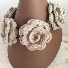 #uncinetto #brown #crocheting #instacrochet #crochetlove #crochet #ilovecrochet #crochetaddict #crocheted #art #modern #spring #work #crochetersofinstagram #craftastherapy  #crochetastherapy #crochetcushion  #crochetproject_daily #crochetblanket #crocheteveryday #moda #accessori #cotone #collane #lana #fashion #fiori #jewel #neck #necklace by art.ofcreativity