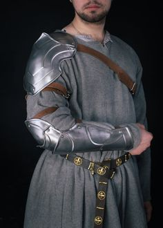 Avalon Knight Shoulder and Bracer- Steel Armor- Single Armour Pauldron&Bracer with knee