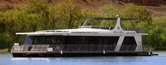 Closest friends travelling along the murray river in a luxury houseboat. Aiming to do within next couple of years