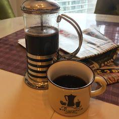 O zaman gunaydin... - - - - - - - - #coffee #coffeetime #amazing #mylife #saglikliyasam #instamoda #coffeeart #moda #milano #italy #istanbul #roma #turkey #ask #makeup #europa #london #braziliancoffee #kitap #sunumduragi #coffeelove #turkishcoffee #izmir #latte #barista #türkkahvesi #kahvaltı #kadın #sunumönemlidir #kahve