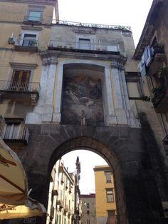 Porta di San Gennaro nel Napoli, Campania