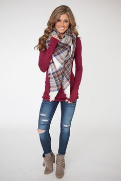 Trendy fall outfit inspiration with scarf, fall fashion trends, fall outfit ideas Fall Fashion Outfits, Casual Fall Outfits, Mode Outfits, Fall Winter Outfits, Look Fashion, Womens Fashion, Plad Outfits, Plaid Scarf Outfit, Blanket Scarf Outfit