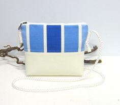 Umhängetaschen - JuliMeer - Kleine Umhängetasche  - ein Designerstück von Irene-Kater bei DaWanda